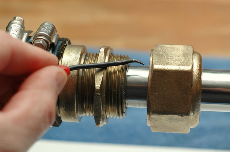 Re-Packing A Traditional Stuffing Box – Marine How To
