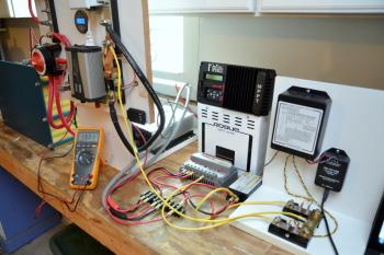 02 MPPT vs. PWM Controllers