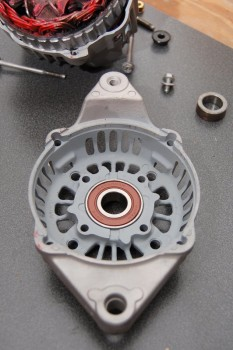 04 Rebuilding a Westerbeke Alternator